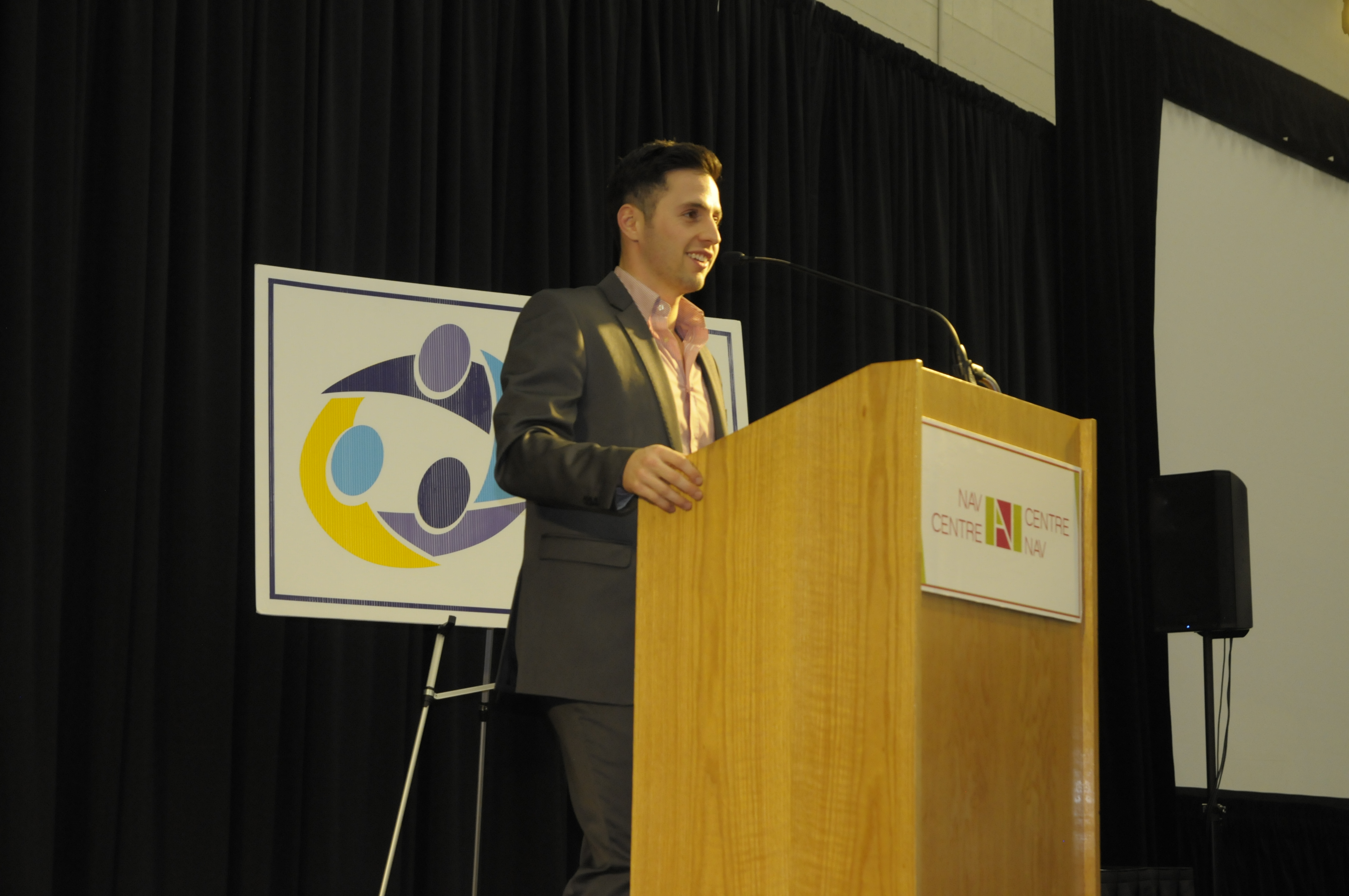 AlexandreBilodeau-SchoolSummit-Oct2414-01