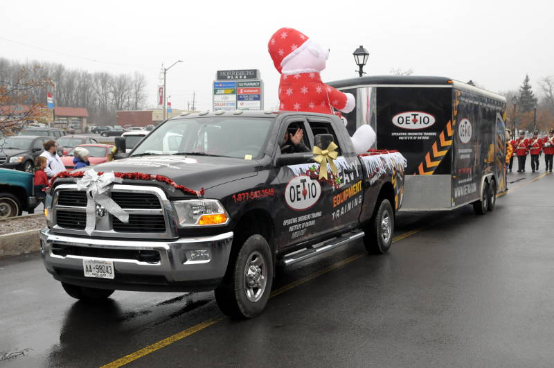 Morrisburg-Santa-Parade-Dec0614-09-Edited