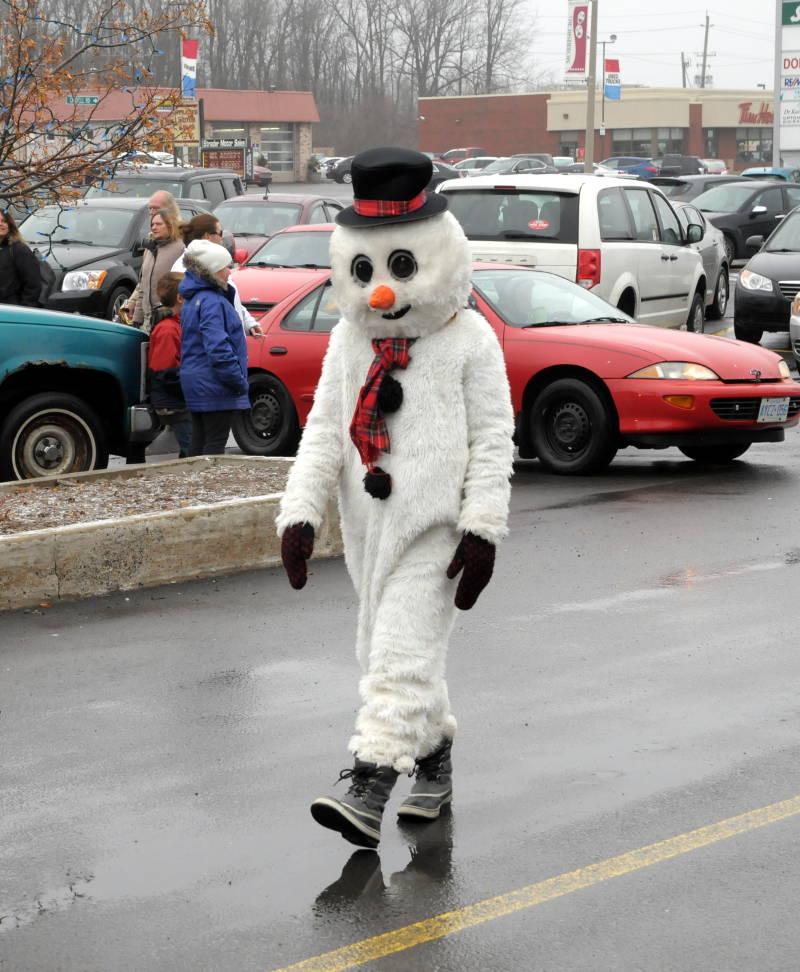 Morrisburg-Santa-Parade-Dec0614-13-Edited