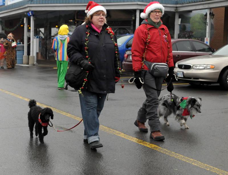 Morrisburg-Santa-Parade-Dec0614-27-Edited