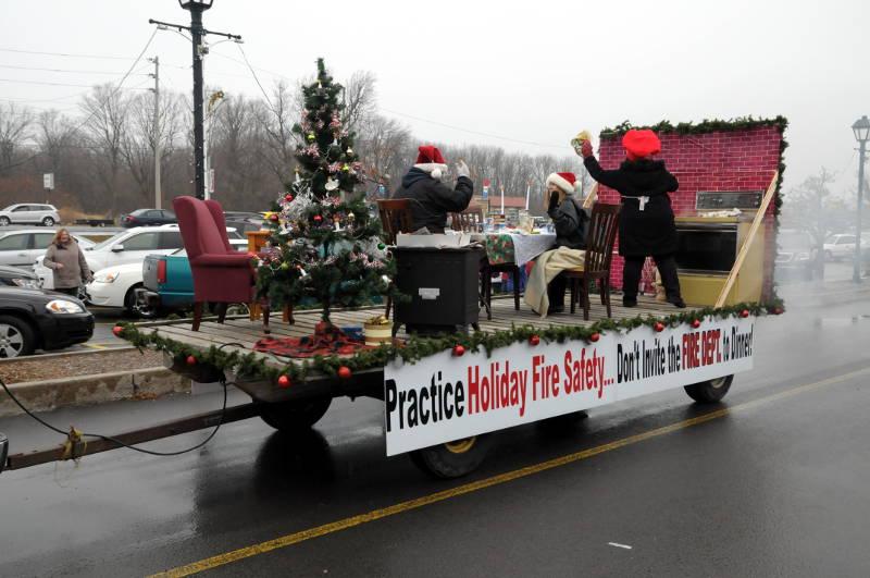 Morrisburg-Santa-Parade-Dec0614-69-Edited