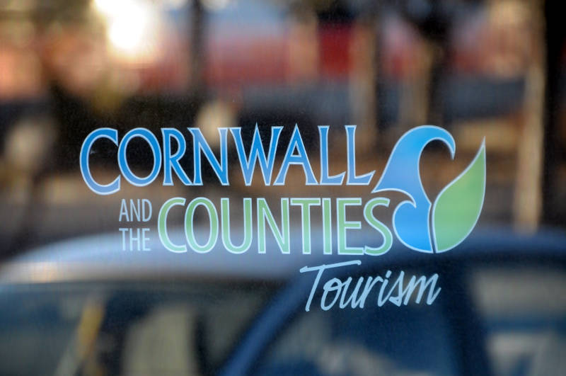 Cornwall Counties  Tourism File Sign 04 Apr2015 Edited
