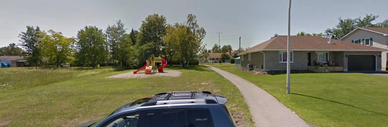Meadowbrook Drive Park Dog Issue Jul2915 GoogleMaps