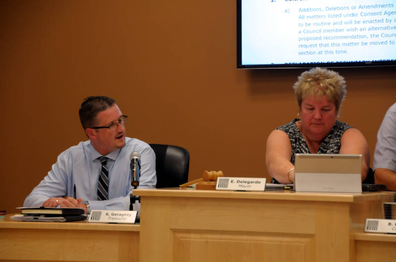 Shannon Geraghty Acting CAO and Mayor Evonne Delegarde File Aug1115 Edited