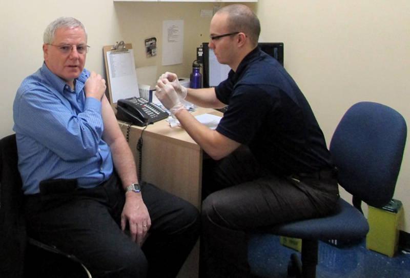 MPP Jim McDonell Flu Shot Nov0915 Edited