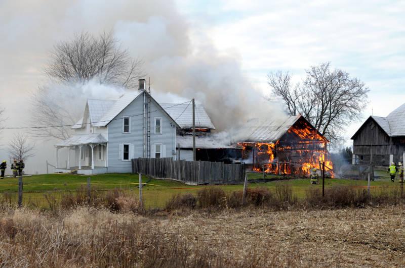County Road 18 Farm House Dec1315 01 Edited