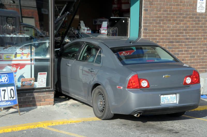 Macs Car Storefront Dec0615 02 Edited