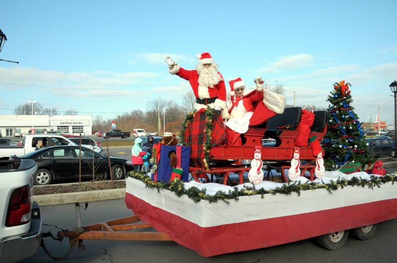 Morrisburg Santa Parade 2015 Dec0515 21 Edited