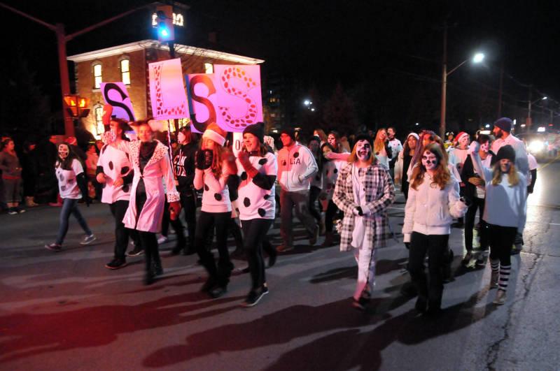 cwl-santa-parade-nov1916-14-edited