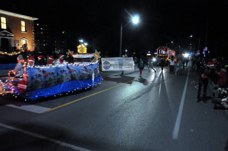 cwl-santa-parade-nov1916-19-edited