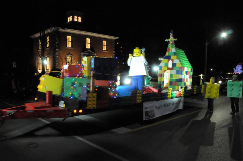 cwl-santa-parade-nov1916-23-edited