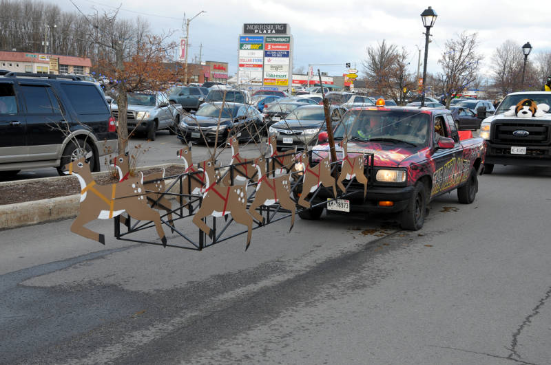 morrisburg-santa-parade-dec0316-22-edited