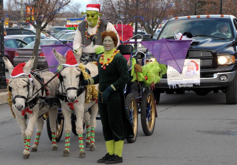 morrisburg-santa-parade-dec0316-23-edited