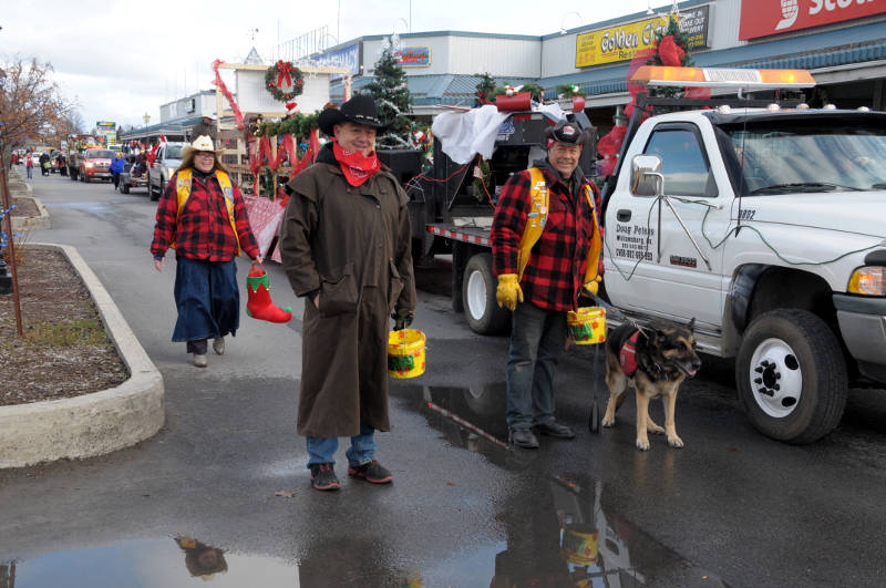 morrisburg-santa-parade-dec0316-24-edited