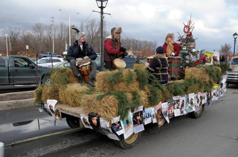 morrisburg-santa-parade-dec0316-29-edited