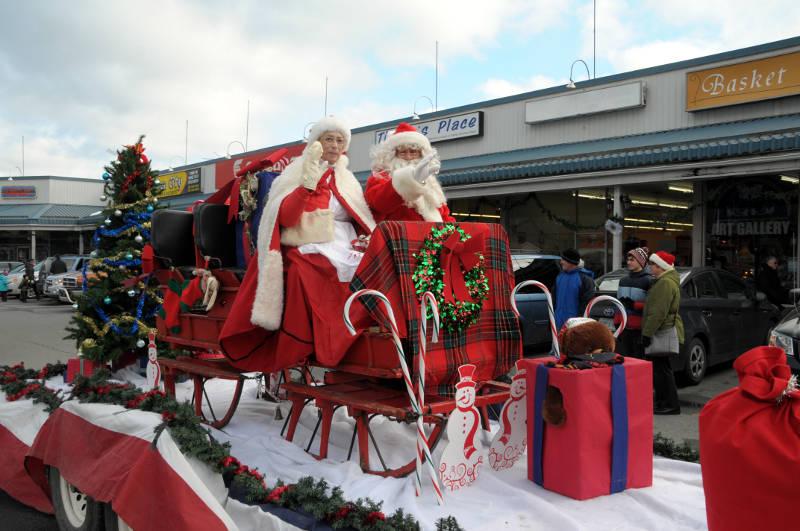 morrisburg-santa-parade-dec0316-36-edited