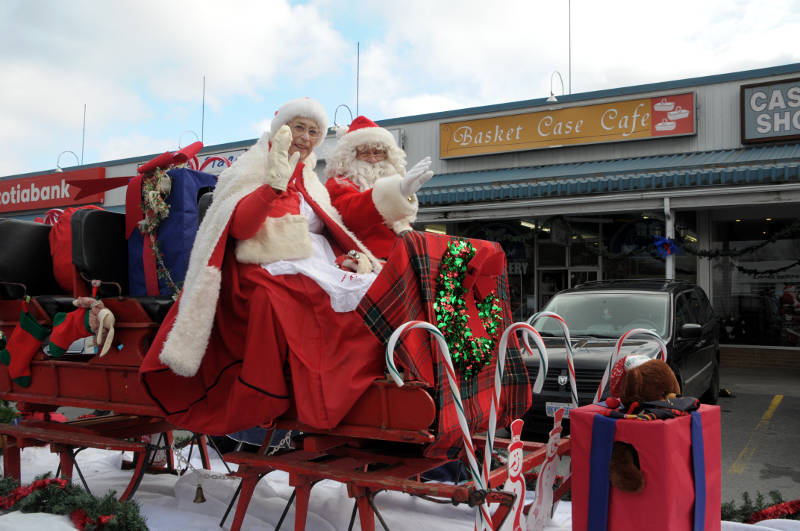 morrisburg-santa-parade-dec0316-37-edited