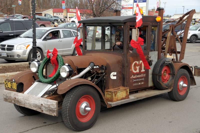 Morrisburg Santa Dec0217 16 Edited