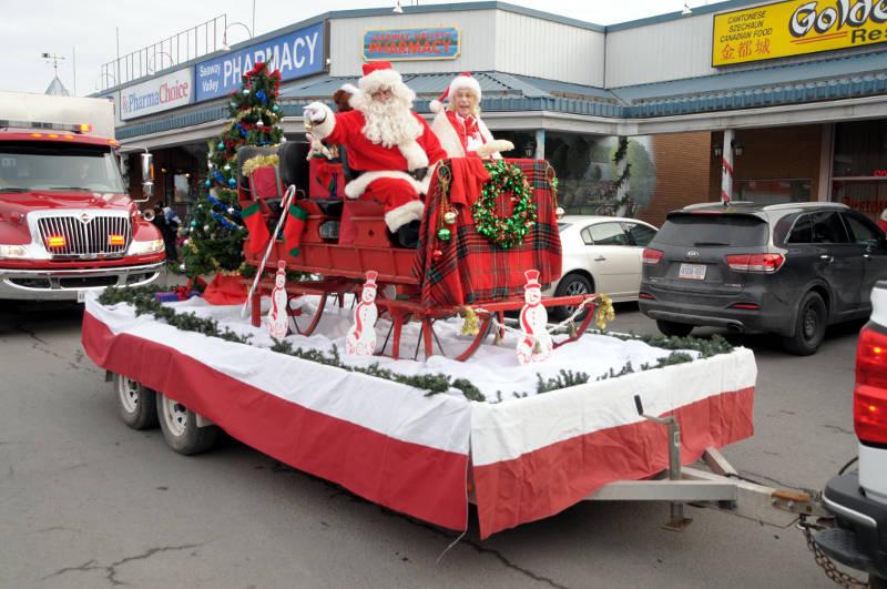 Morrisburg Santa Dec0217 22 Edited
