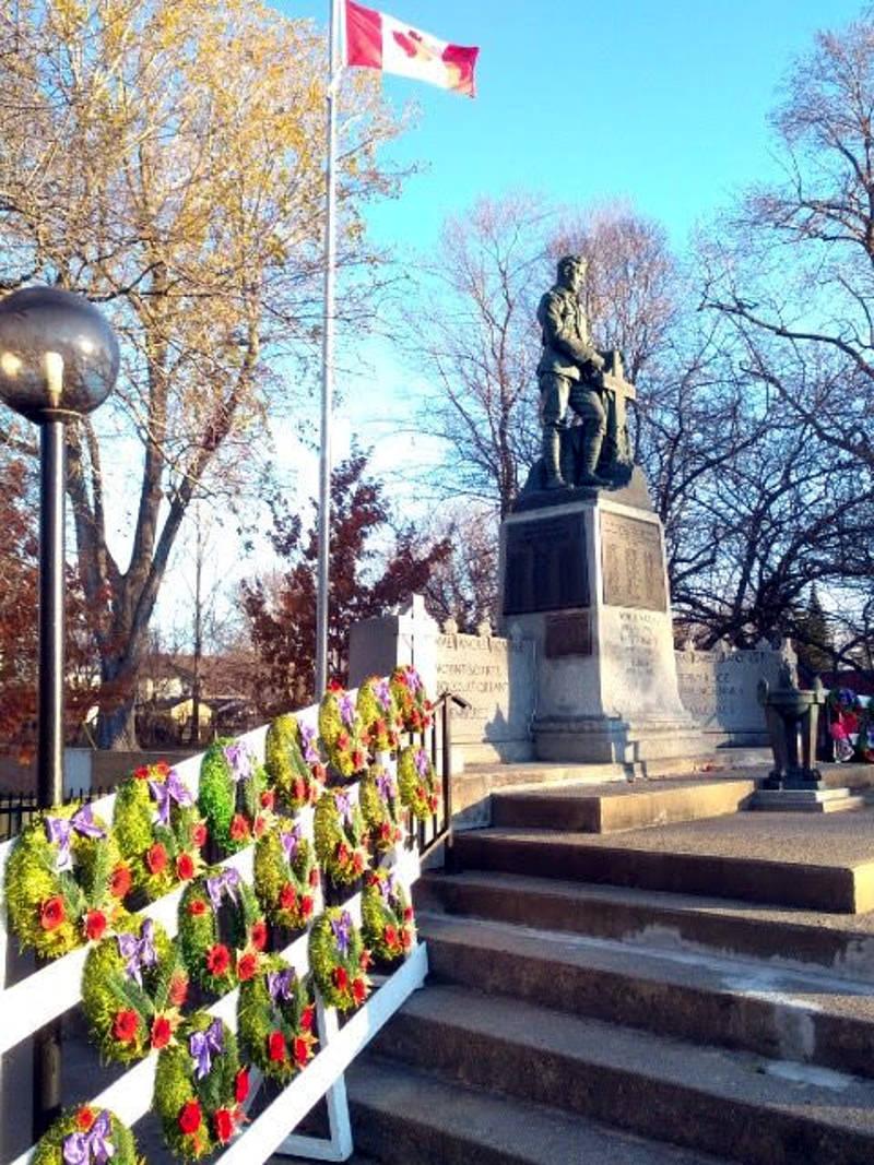Remembrance Day Nov1118 06 E