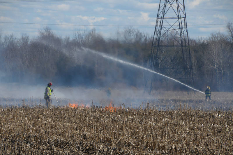 Brush Fire Eligh Beckstead Road Apr1619 01 E