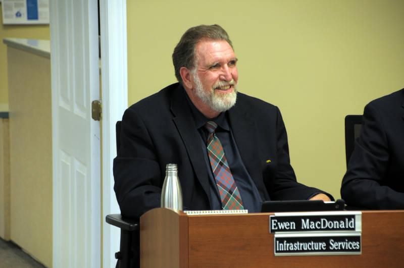 Ewen MacDonald Smiling File Apr0119 E