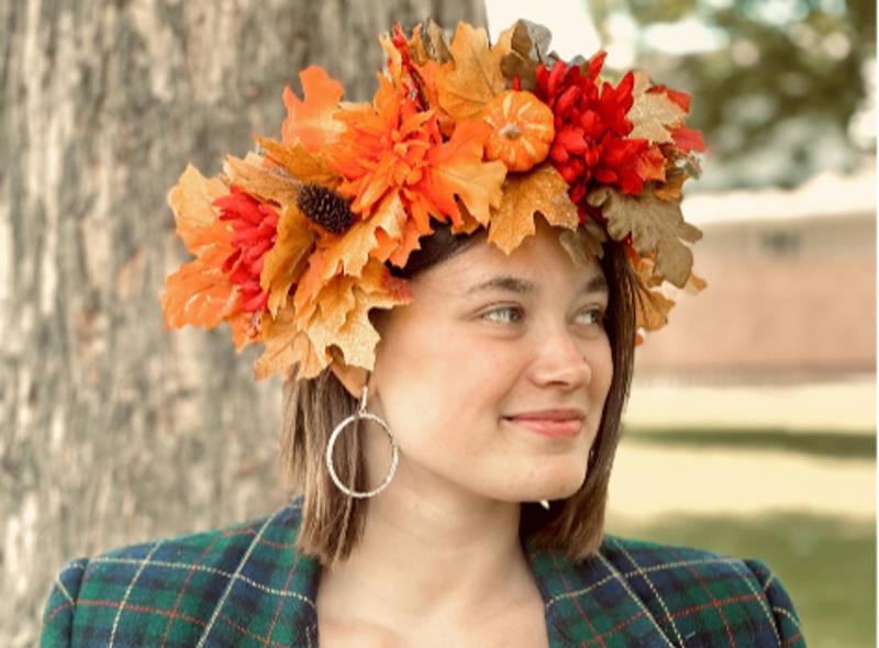 Sadie Thompson Crown Jun2821 01 E